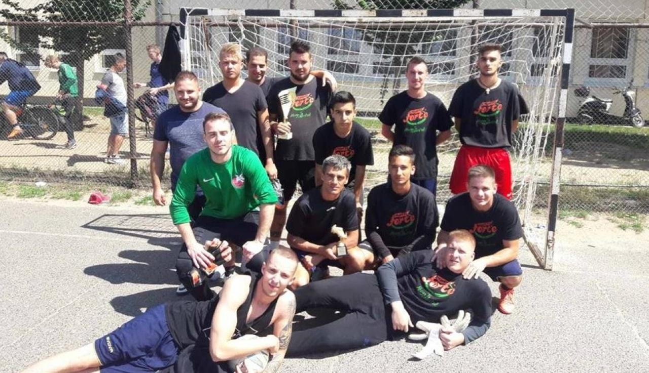 Hét csapat mérte össze tudását Borbánya kispályás focibajnokságán