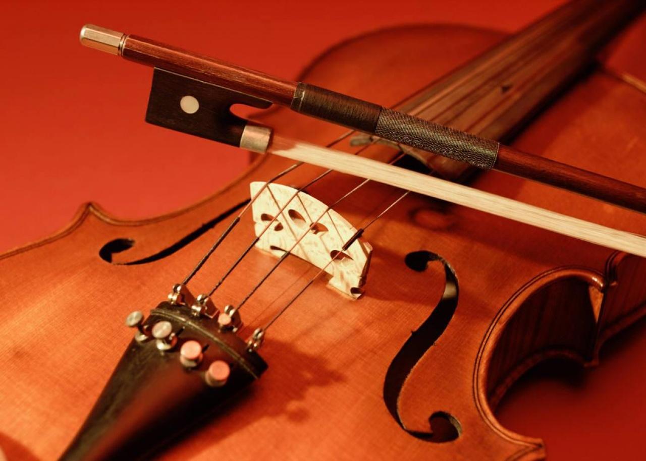 Lavotta hegedűest a Vikárban