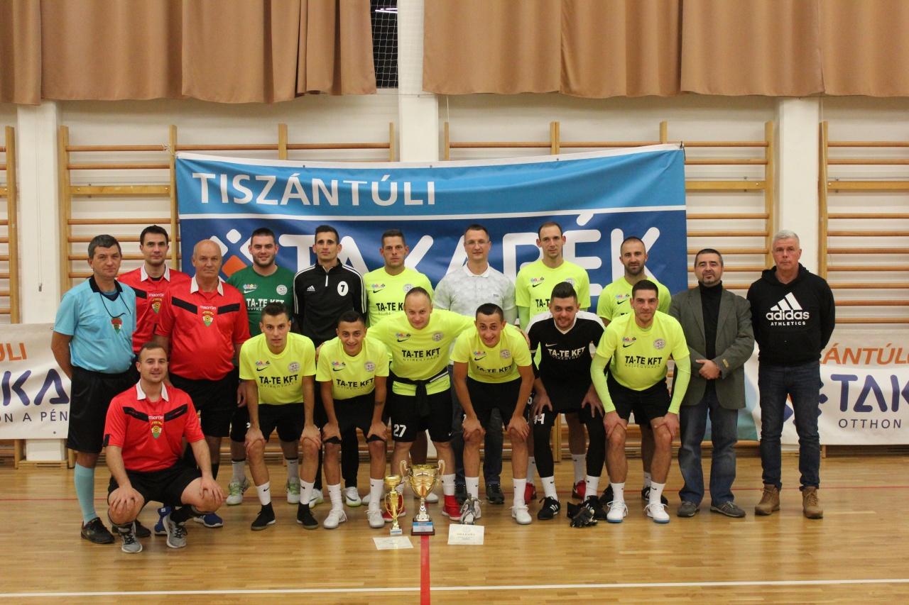 Új név került a serlegre - büntetőkkel dőlt el a Tiszántúli Takarék Kupa döntője