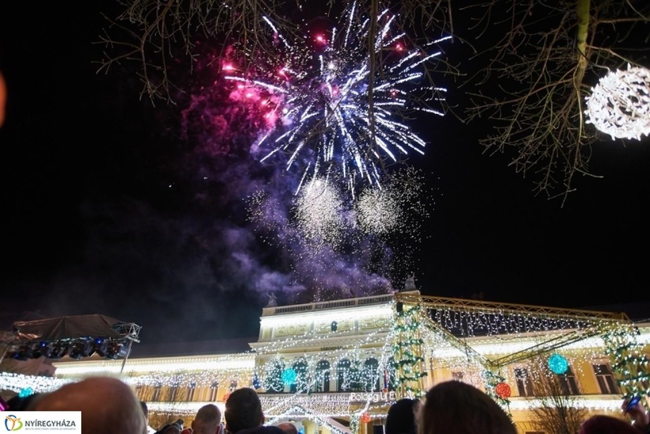 Fantasztikus Városi Szilveszter- Sztárok és tűzijáték Nyíregyházán!