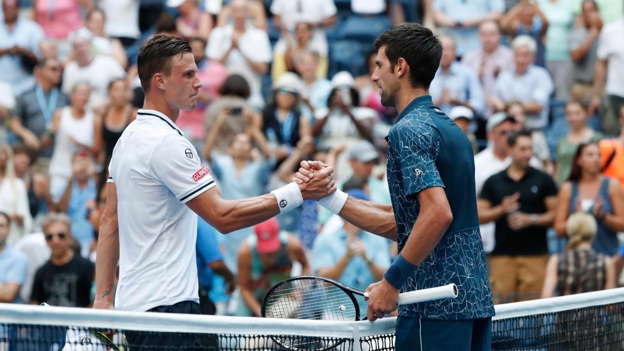 Fucsovics meglepte Djokovicot, de fordított és győzött a világelső