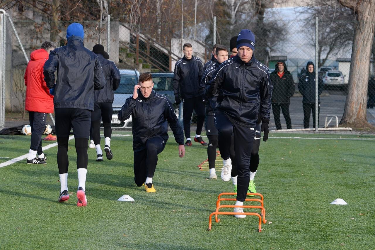 Munkában a Szpari - megkezdte a felkészülést a labdarúgó együttes