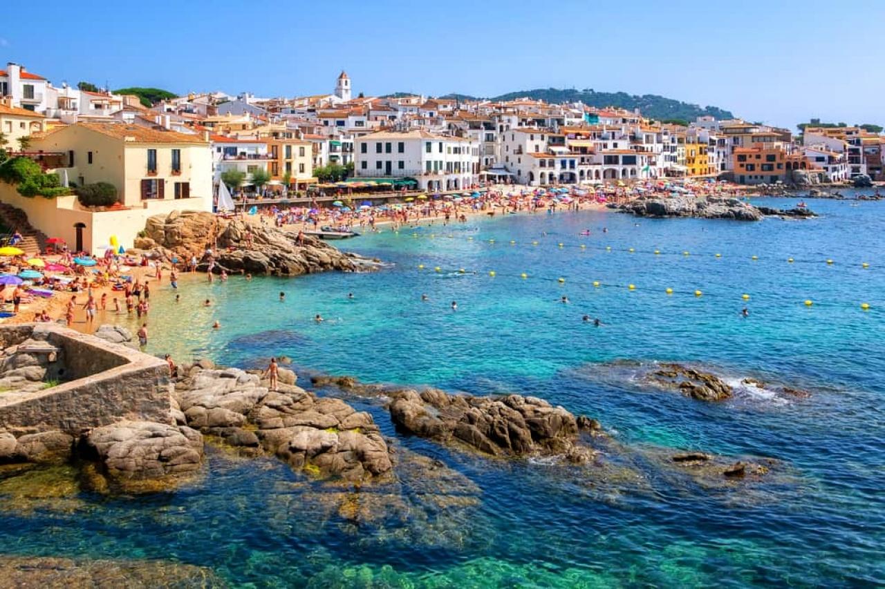 Jó évet zártak az utazási irodák, idén nyáron Törökország és Costa Brava a cél!
