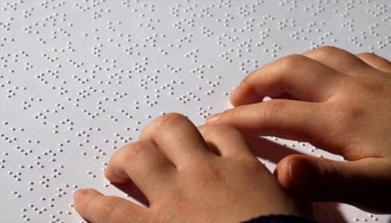 Braille évforduló – Jubilál a pontírás