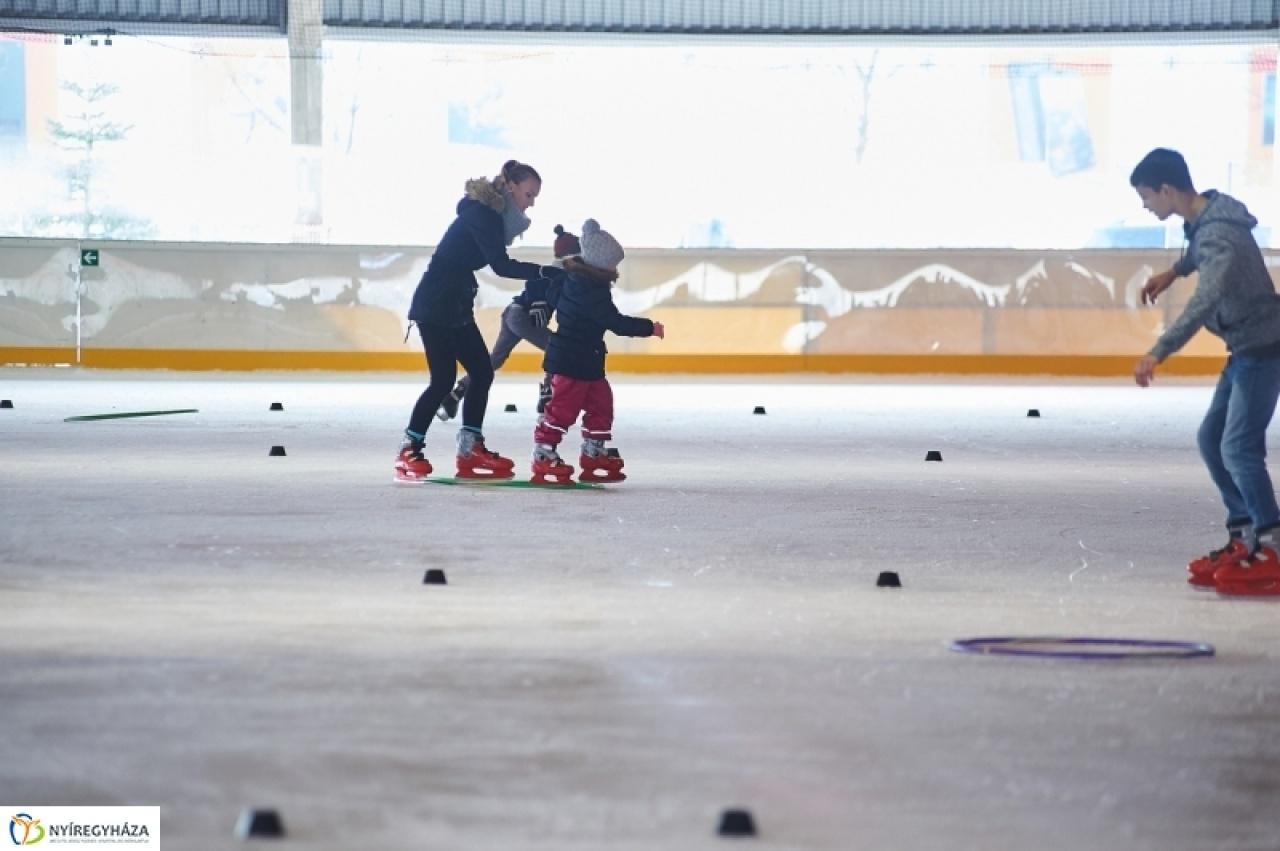 Ovikori - minden nagycsoportos megtanulhat Nyíregyházán korcsolyázni!