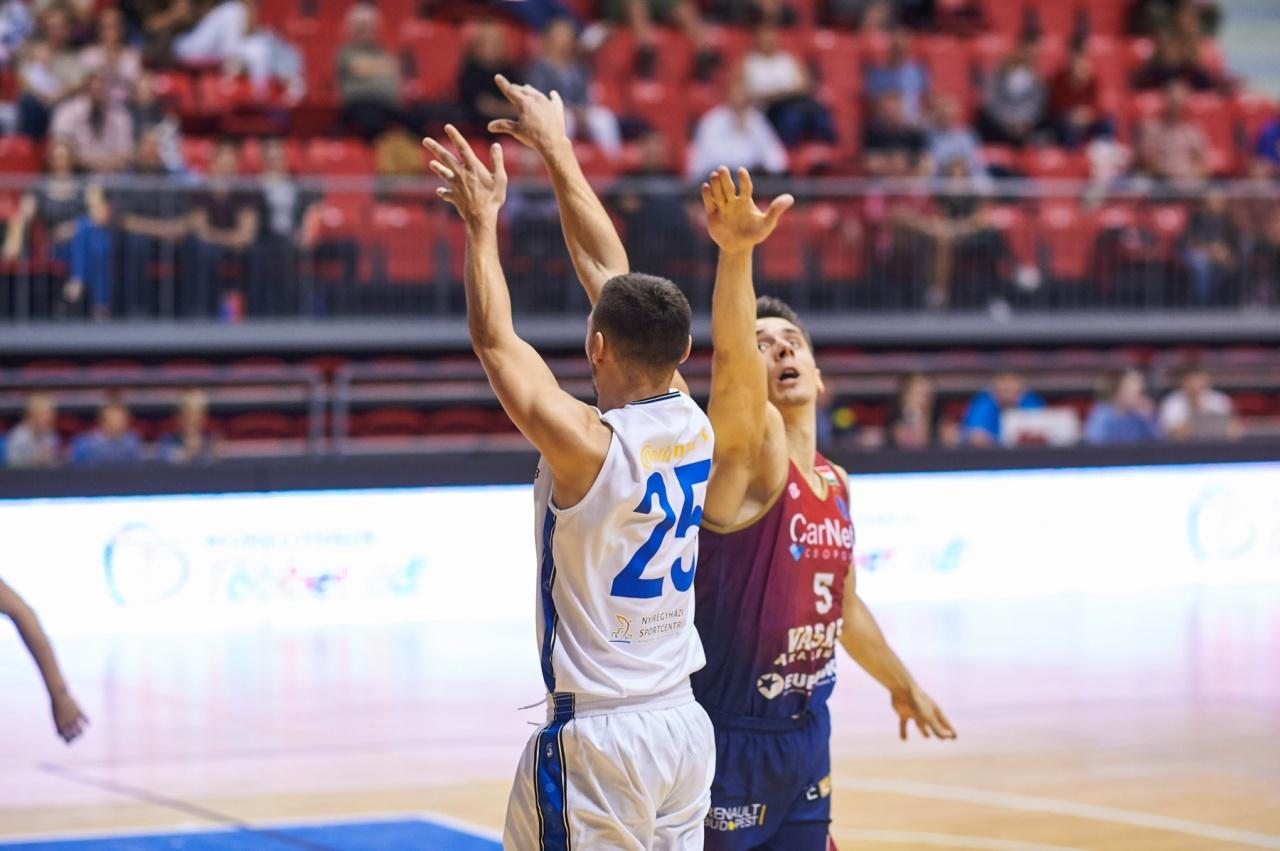 Együtt a Magyar Kupa döntősökkel – négy között a Blue Sharks