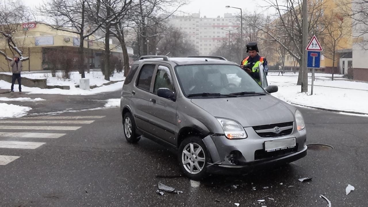 Elsőbbségadás mulasztása okozott balesetet a Korányi Frigyes utcán