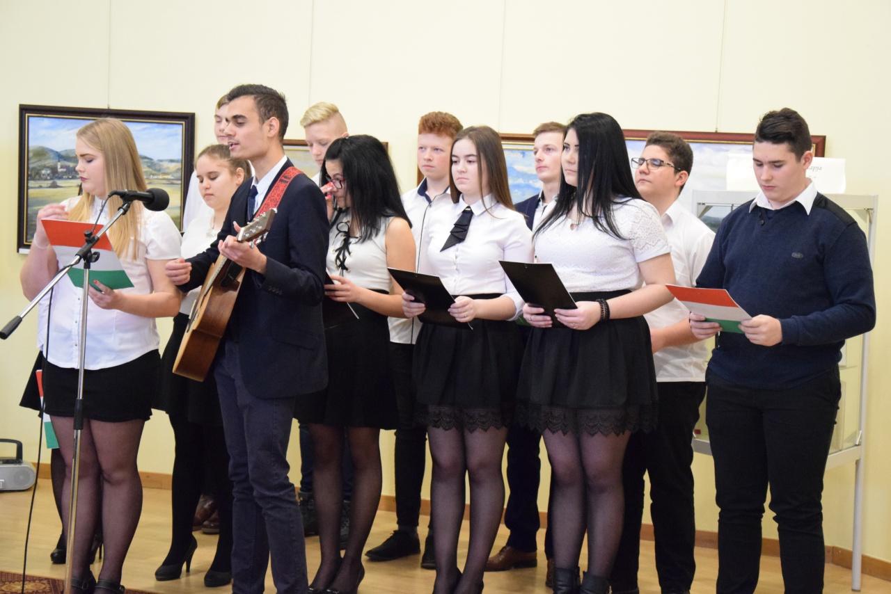 Harminc középiskolás nevezett a Nyíregyházán rendezett Kölcsey Ferenc Szavalóversenyre