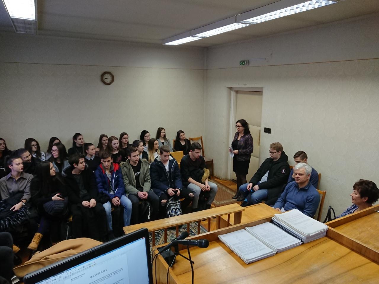 A bírói hivatással ismerkedtek a kisvárdai diákok