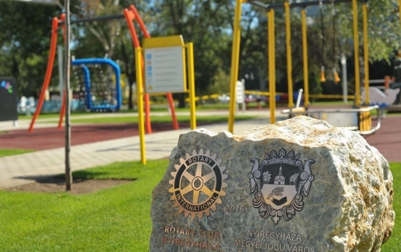 Nemzetközi versenyben a Rotary – Külföldön is népszerű nyíregyházi játszótér