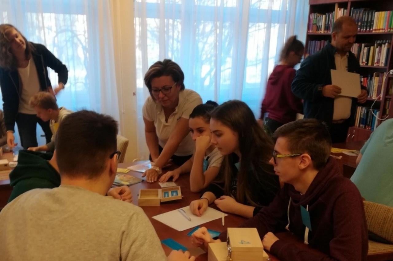 Iskolai látogatás a Biztonságos Internet Napja alkalmából