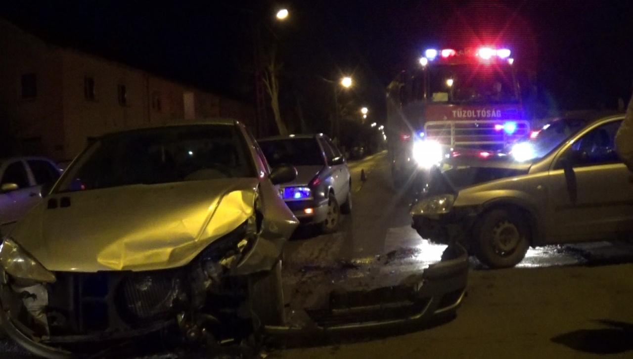 Kórházba szállítottak egy sérültet a Derkovits utcán történt balesetből