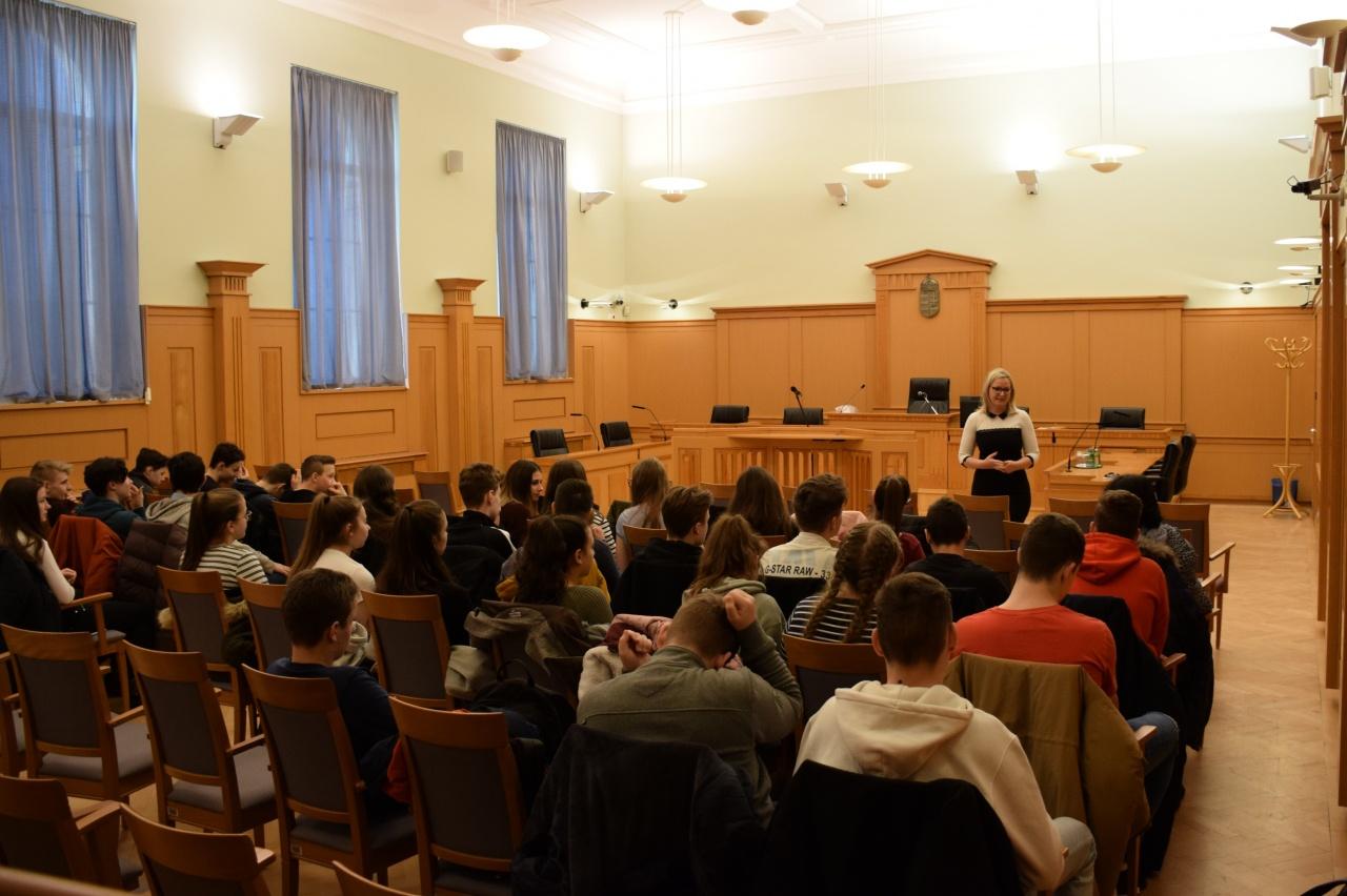A bírói pálya iránt érdeklődtek a diákok