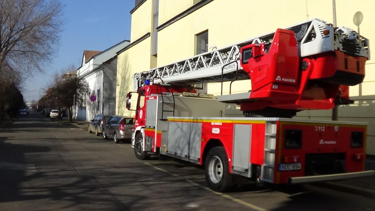 Helyismereti bejárást tartottak a tűzoltók a Jókai Mór Általános Iskolában
