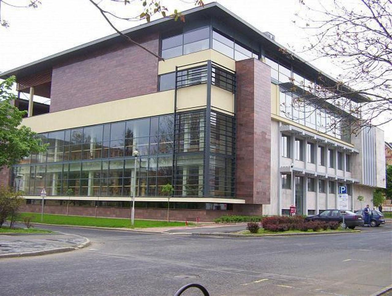 A 2019-es évet teljes megújulással kezdte a Móricz Zsigmond Megyei és Városi Könyvtár