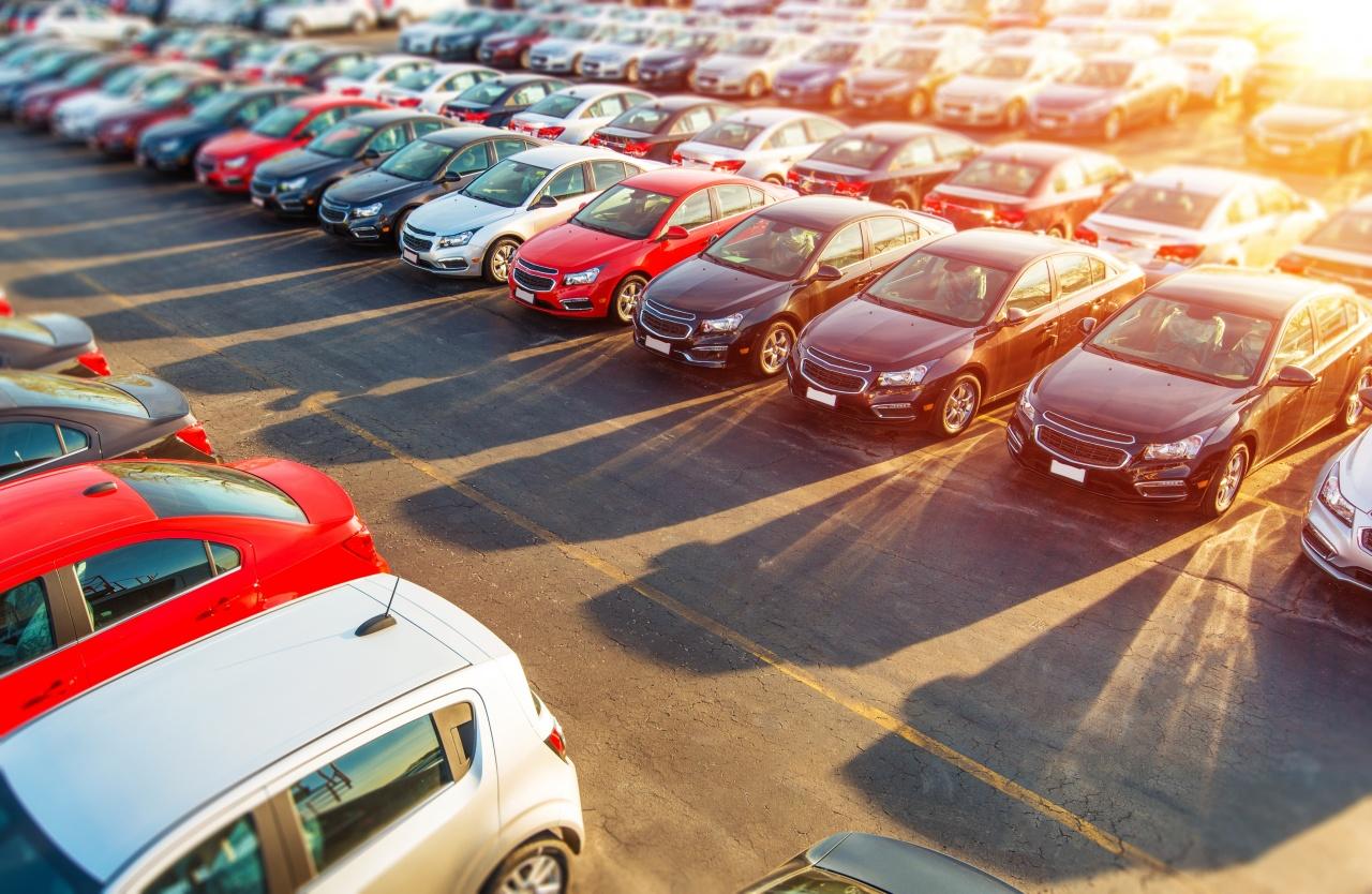 Pöröghet az autópiac – 160 ezer új autó kerülhet forgalomba idén