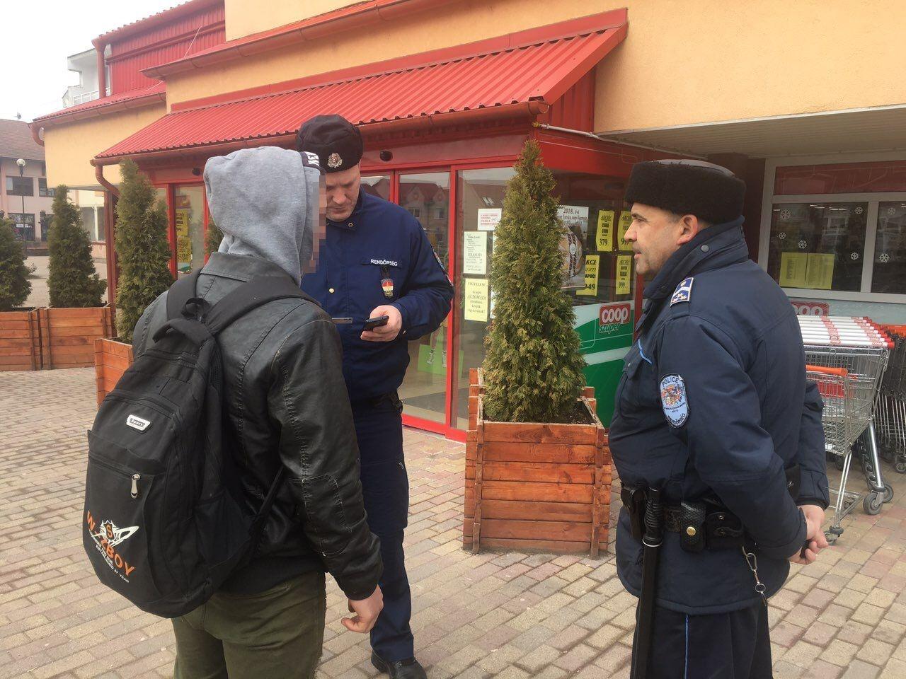 Ifjúságvédelmi ellenőrzés – Csellengő diákokat igazoltattak Szabolcs megyében