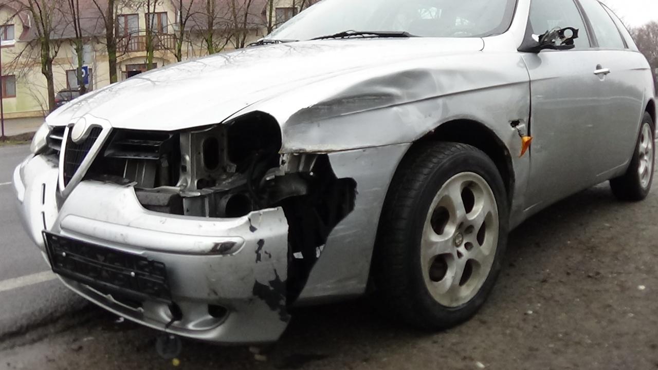 Jelentős anyagi kárral járó baleset történt Nyírpazony és Nyírtura között