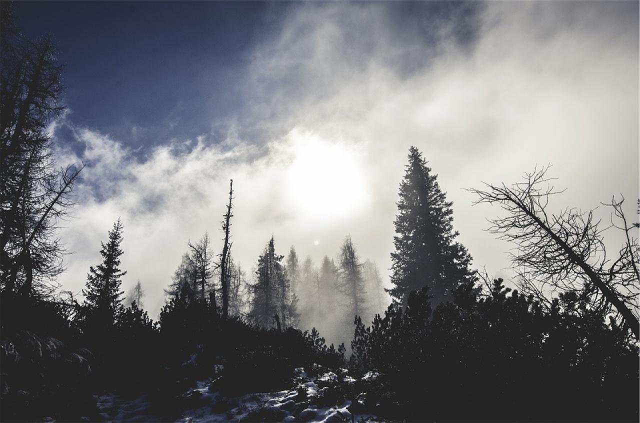 Kemény mínuszokkal tér vissza a tél a hétvégén, erős szél is lesz