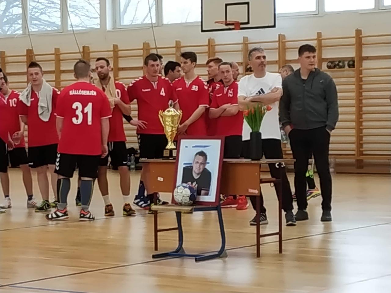 Kézilabda - négy csapat vett részt a Jeszenszki István emléktornán