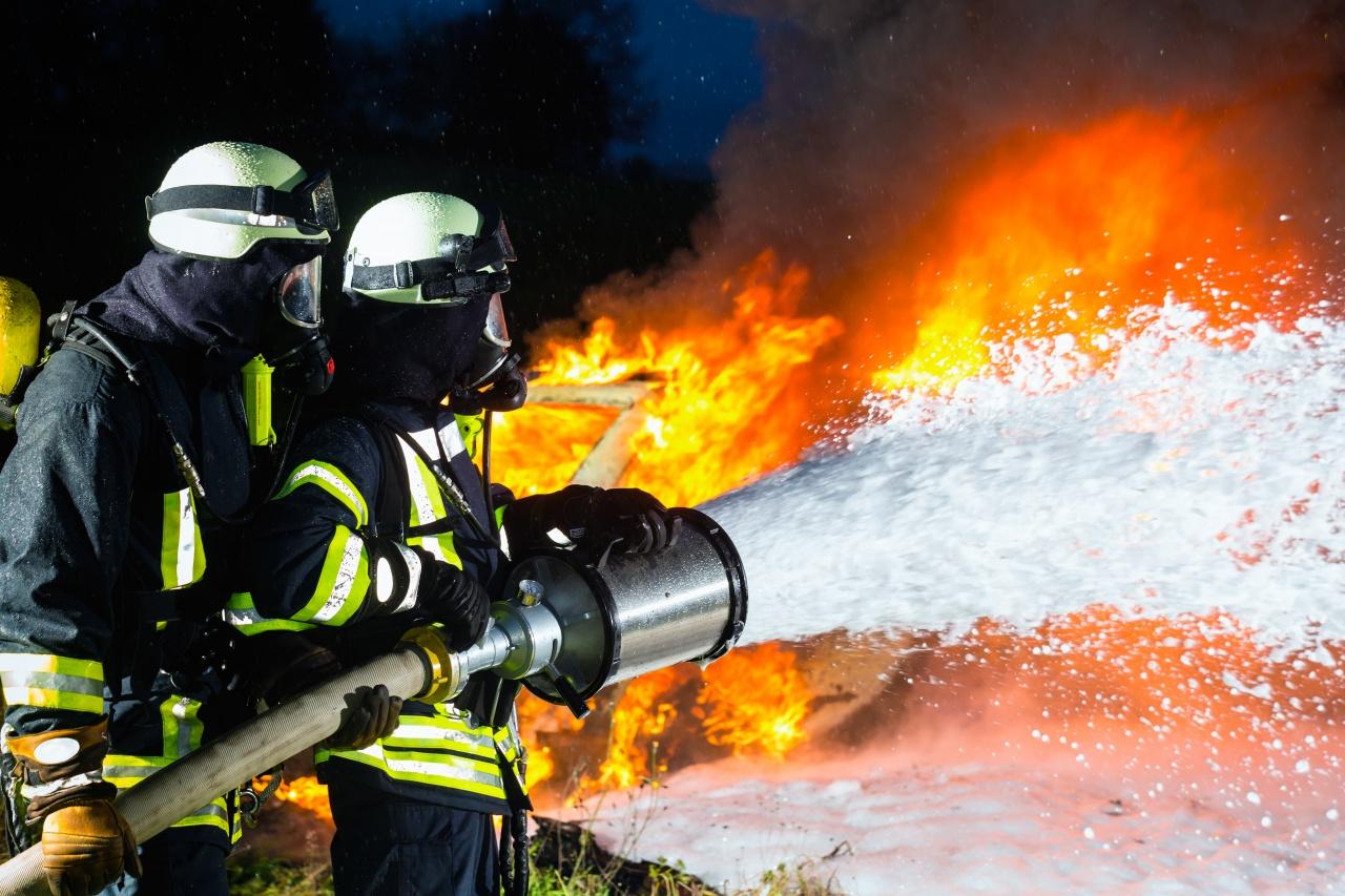 A hét első napján több szabadtéri tűzesetnél avatkoztak be a megye tűzoltói