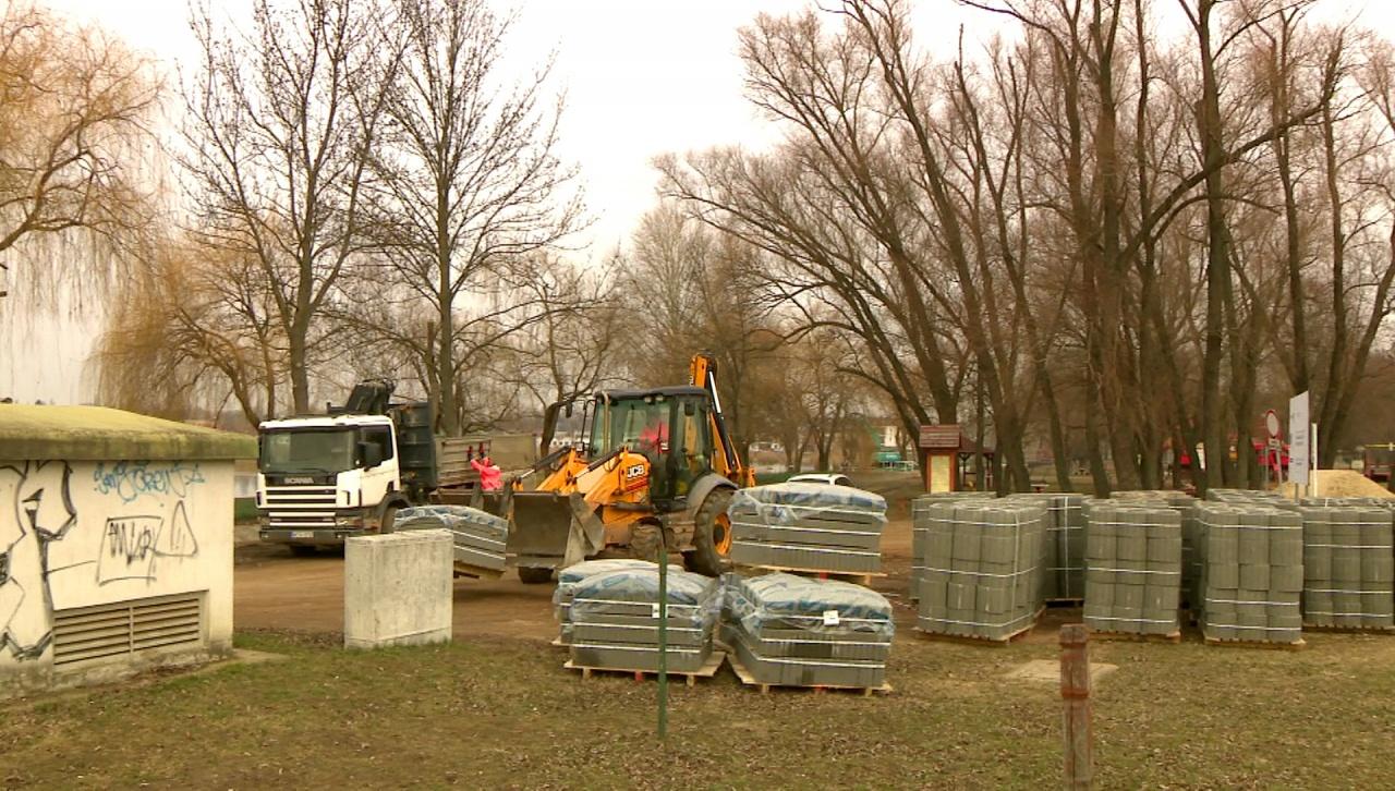 Zöldítés és funkcióbővítés – Most a Bujtosi Városligetnél végeznek munkálatokat