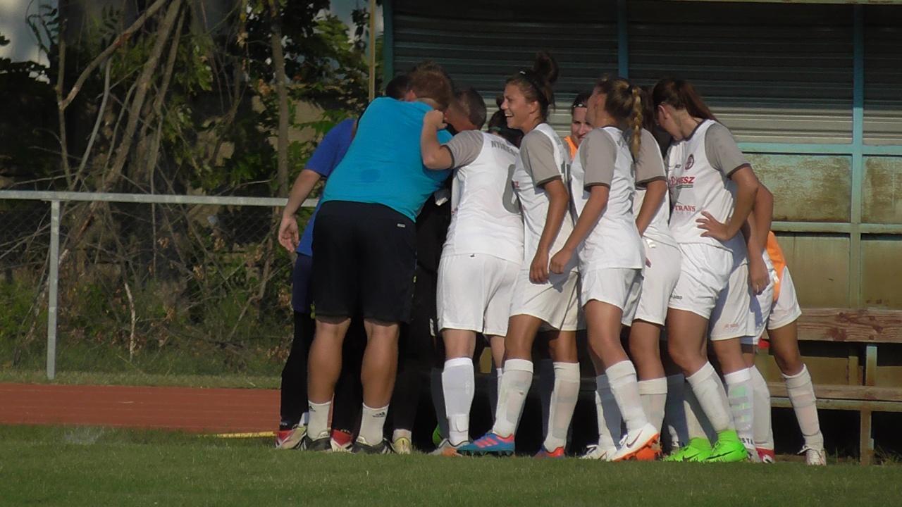 Nyolc gólt lőtt idegenben a Szpari női csapata!