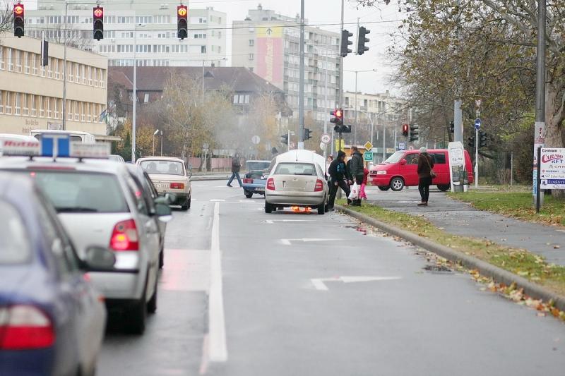 Gépkocsitűz a körúton
