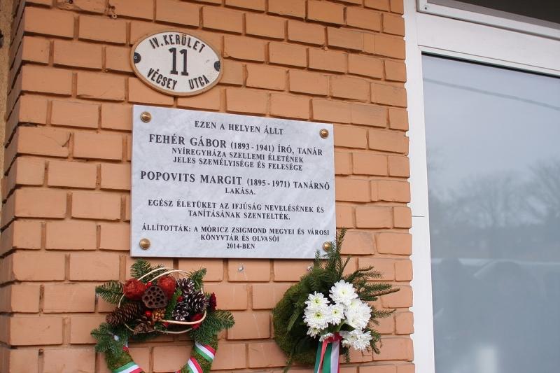 Új emléktábla a Vécsey utcában
