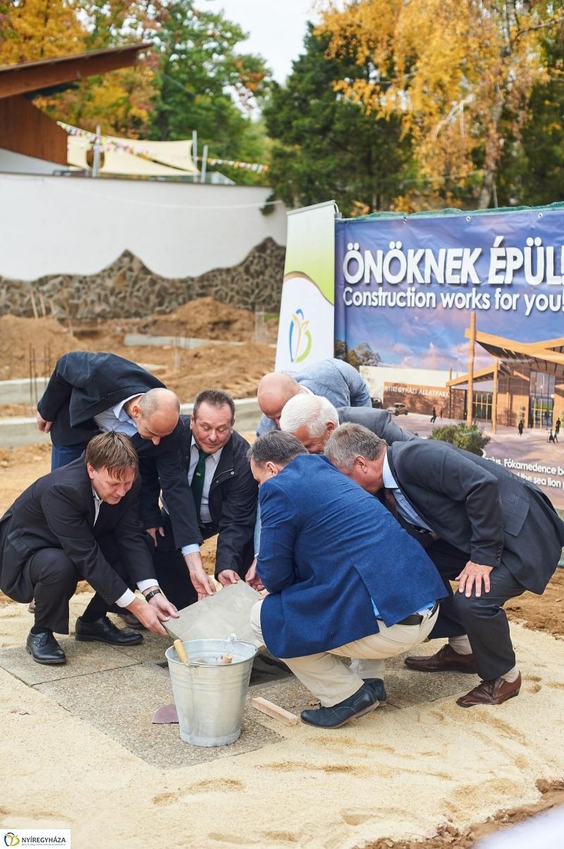 Látogatócentrum alapkőletétele - fotó Szarka Lajos