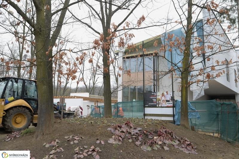 Látogatócentrum bejárás a Nyíregyházi Állatparkban - fotó Trifonov Éva