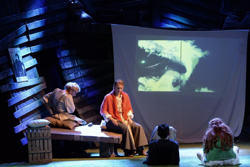 A kripli - bemutató előadás a Móricz Zsigmond Színházban