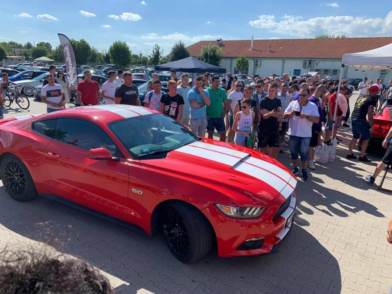 A nyíregyházi Mustang Klub autócsodái