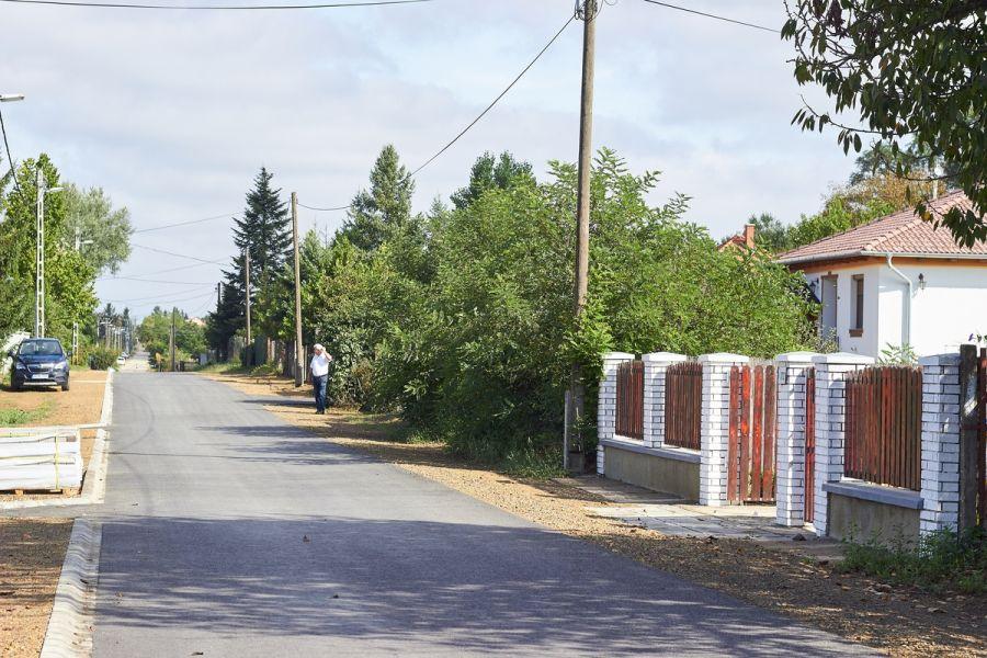 Aranykalász utca fejlesztése