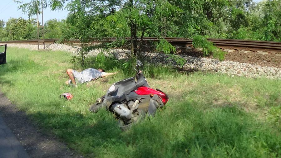 Árokba csapódott egy robogós a Kemecsei úton
