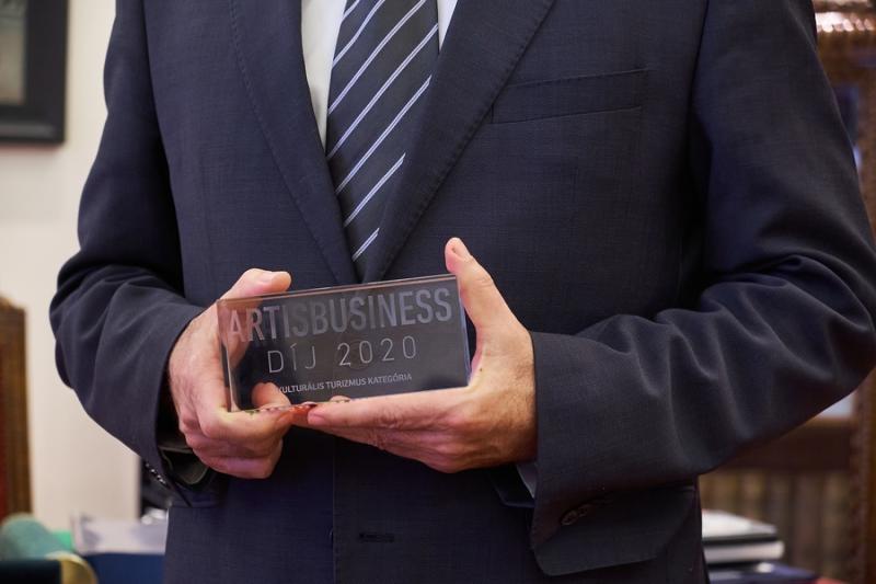 Art is business díjátadó