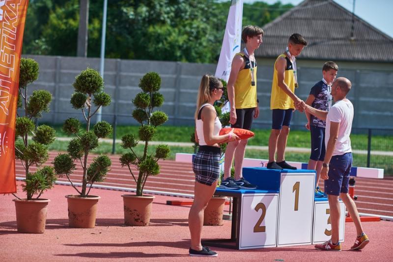 Atlétikai verseny  az új pályán 20210624