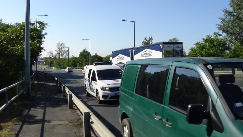 Baleset történt a 4-es számú főútvonal Debreceni úti felüljárójánál
