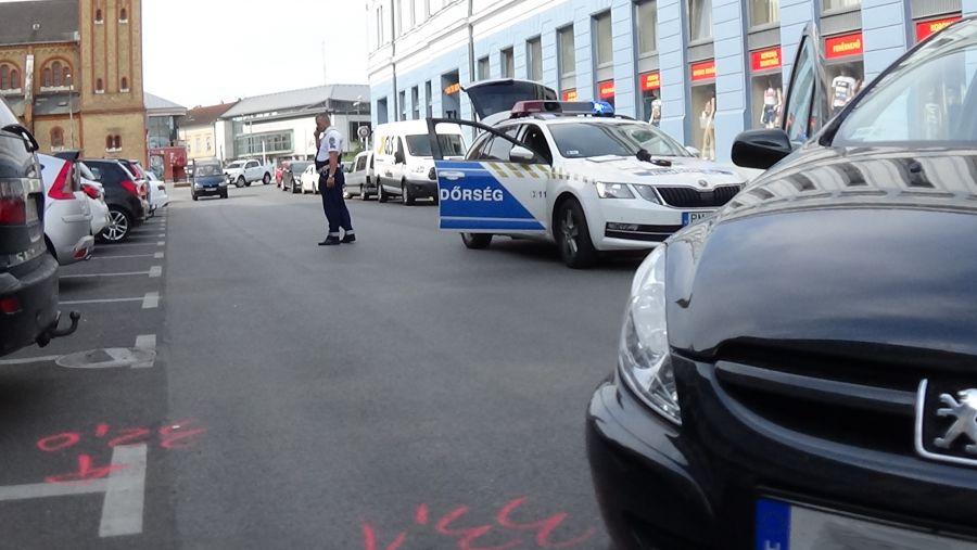 Baleset történt a belvárosban, a Szabadság téren