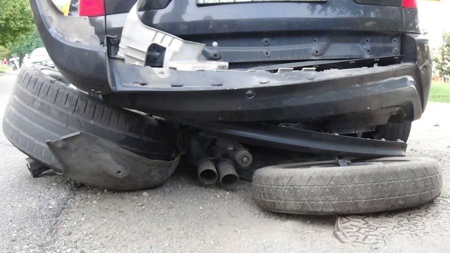 Baleset történt a Család utcán