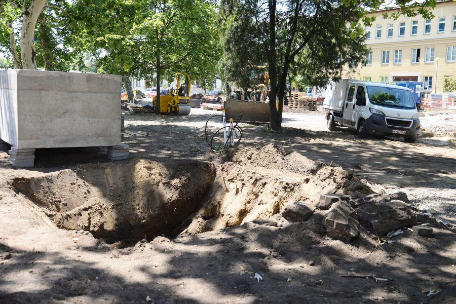 Benczúr-Bessenyi tér felújítása_2018.07.05.