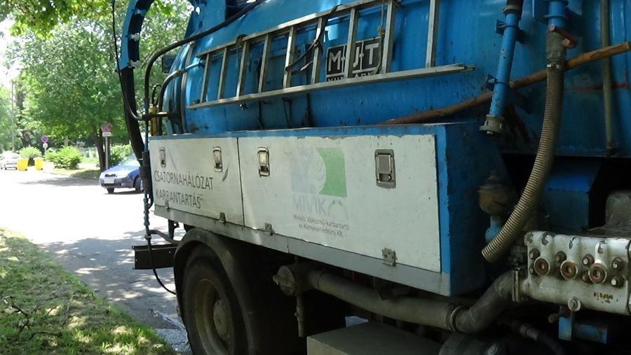 Csapadékvíz-elvezető rendszer munkálatok az Ószőlő utcán