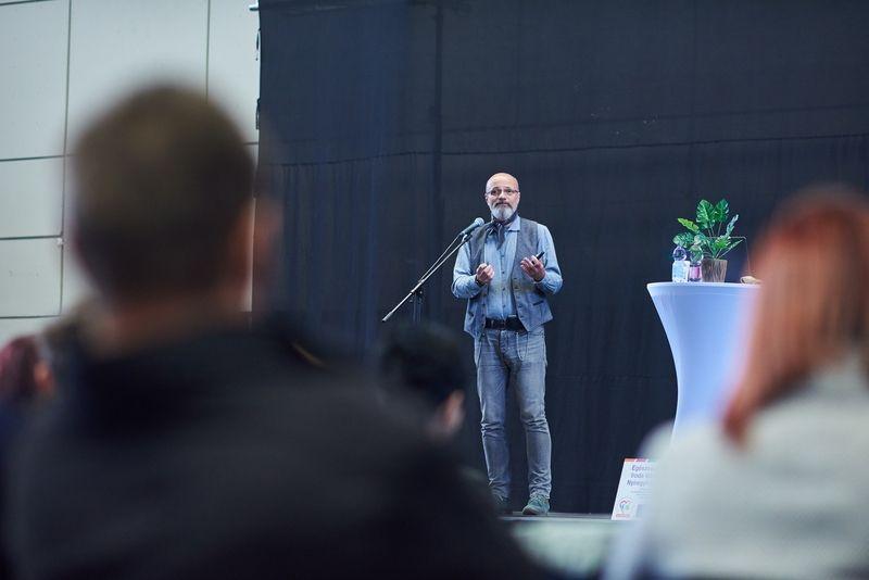 Dr. Zacher Gábor Nyíregyházán