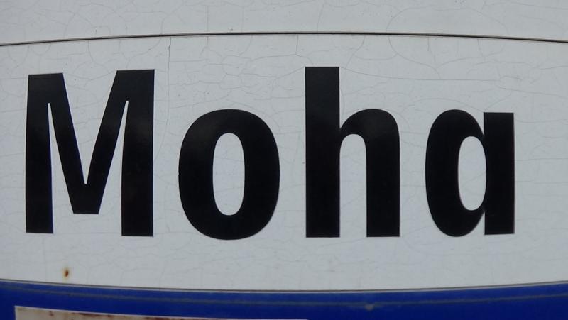 Egyirányúsítás a Moha és a Mályva utcákon