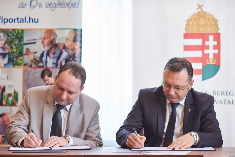 Együttműködési megállapodás aláírása