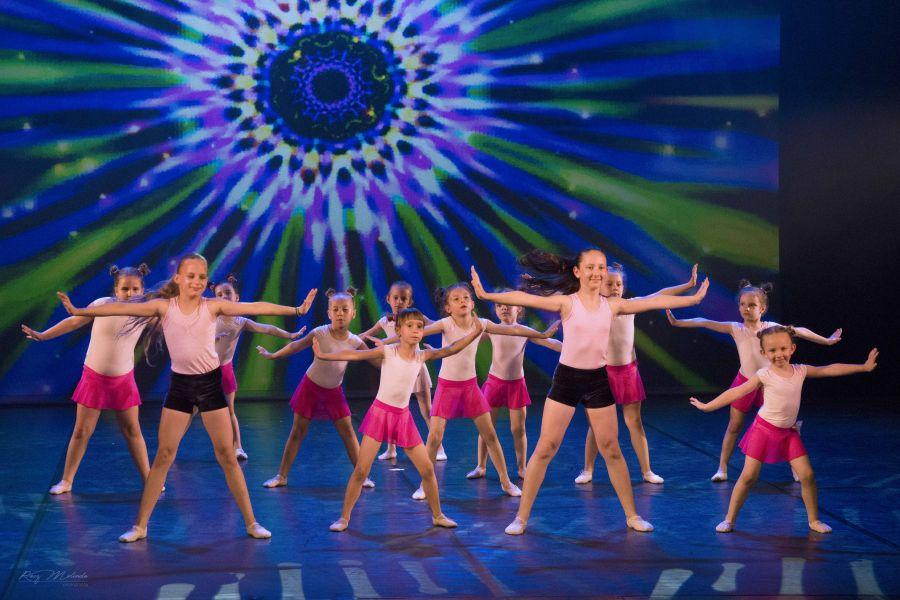 Évzáró táncestjét tartotta a RE-flex Moderntánc Stúdió