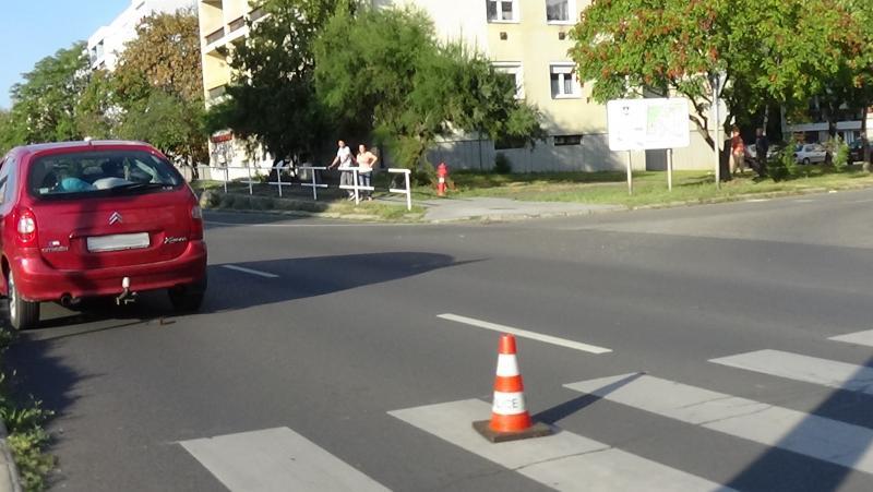 Gyalogost gázoltak el a hétvégén a Kert utca egyik átkelőhelyén