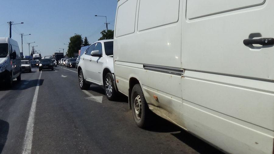 Hármas karambol a Debreceni úton