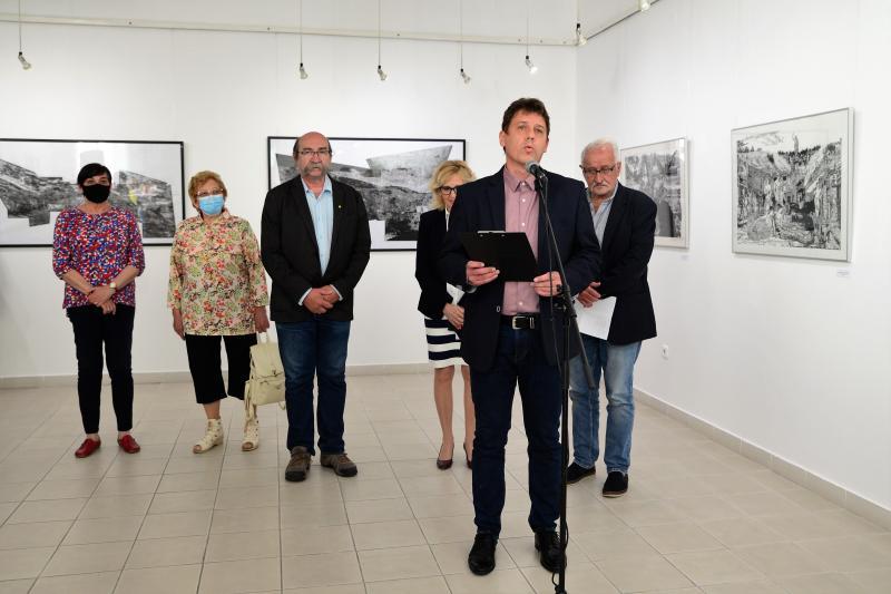 Hatvanon innen és túl - Szepessy Béla grafikusművész kiállításának megnyitója
