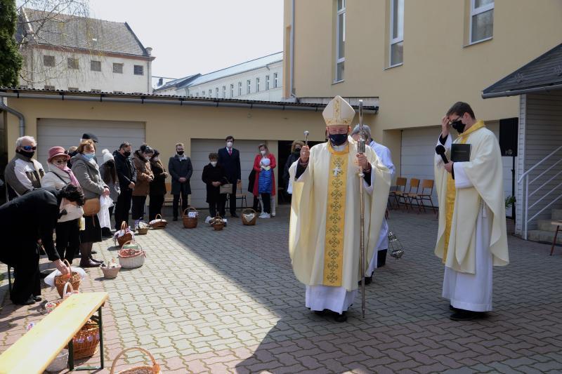 Húsvét vasárnap a Magyarok Nagyasszonya-társszékesegyházban
